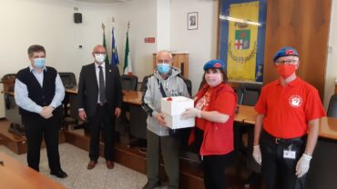 La Provincia dona mascherine per i non udenti