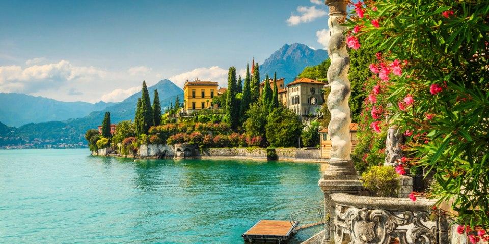 Veduta lago da Villa Monastero