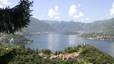 Castello di Vezio e lago