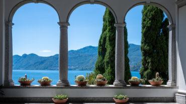 Villa Monastero: interni vista lago